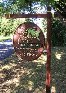 Frog Hollow Farm sign